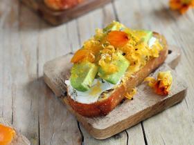 cured_egg_yolk_1